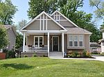 742 E Swon Ave, Webster Groves, MO