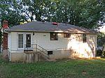 11604 Greenwood Rd , Kansas City, MO 64134