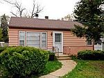 1N621 Evergreen Ave, Glendale Heights, IL