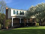 10 Valley Vue Dr, Irwin, PA