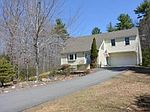 26 Ann Logan Cir, Raymond, NH