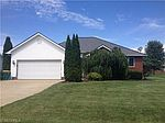 795 Red Oak Ln, Geneva, OH