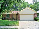 3304 Fox Orchard Cir, Indianapolis, IN