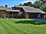 2930 Meadow Dr, Saint Charles, IL
