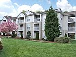 7815 Calibre Crossing Dr, Charlotte, NC