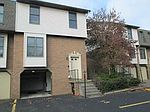 104 Ableview Dr APT 13, Butler, PA