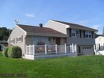 1313 Parkview Dr, Clearfield, PA