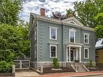 33 Pleasant St, Salem, MA
