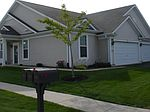 13585 Hemlock Rd, Huntley, IL