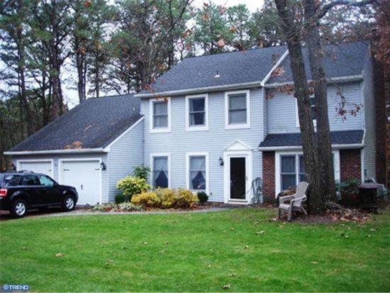 1 Beacon Hill Ct, Marlton, NJ 08053