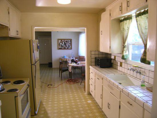 11556 Southwood Dr, Saratoga, CA 95070