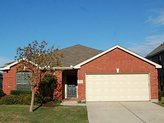 13221 Alyssum Dr, Fort Worth, TX 76244