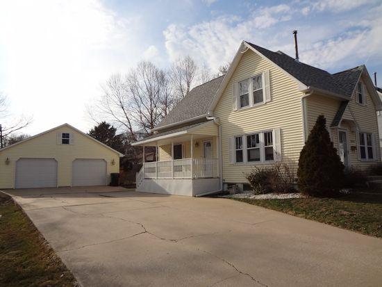 1409 Iowa St, Cedar Falls, IA 50613