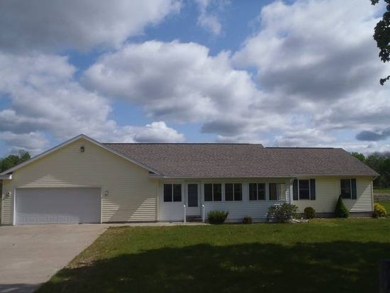 3940 Stover Rd, Bellaire, MI 49615