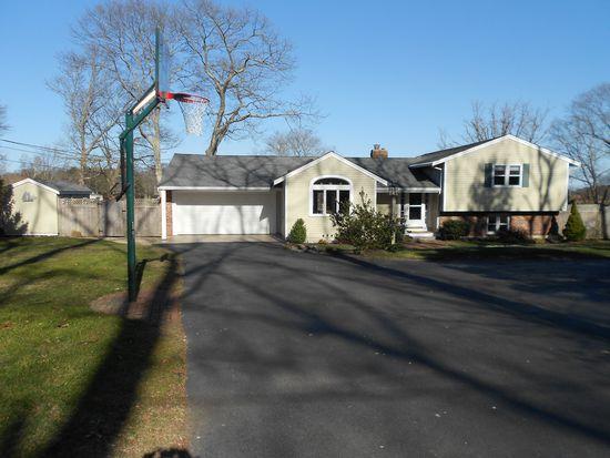 172 Damons Point Rd, Marshfield, MA 02050
