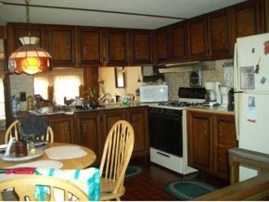 20 Meredith Dr, Hampstead, NH 03841