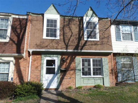 8602 Middle Rd, North Chesterfield, VA 23235