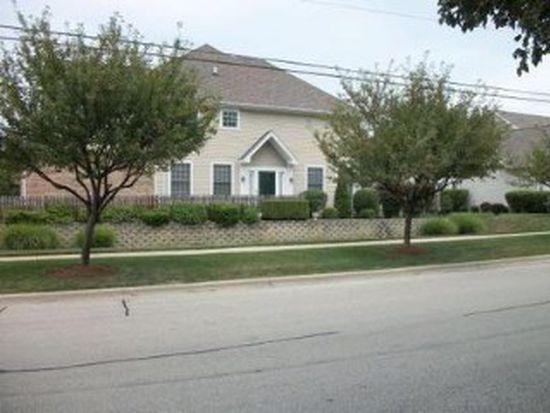 303 Cimarron Rd E, Lombard, IL 60148