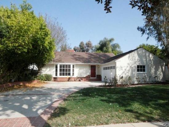 15359 Sutton St, Sherman Oaks, CA 91403