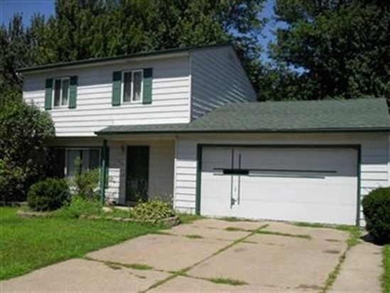 470 Hickory Ln, Painesville, OH 44077