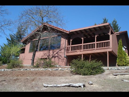 190 Kruger Ln, Grants Pass, OR 97527