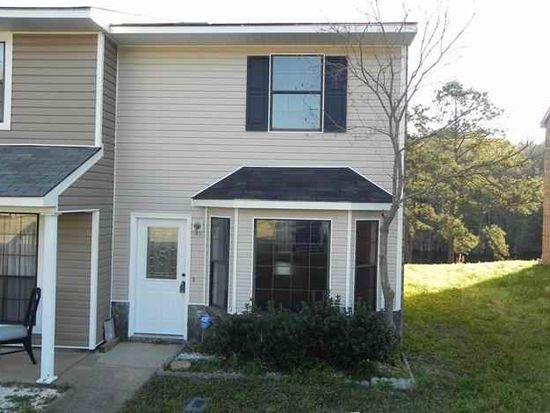 156 Lakeview Dr, Daleville, AL 36322