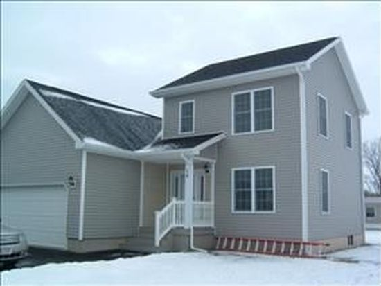 14 Lily Ave, Rouses Point, NY 12979