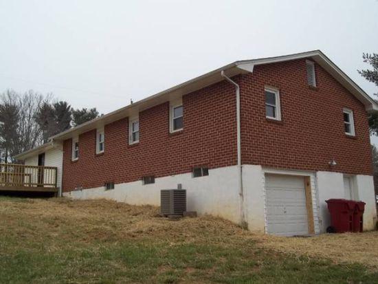 200 Tremont Ln, Johnson City, TN 37601