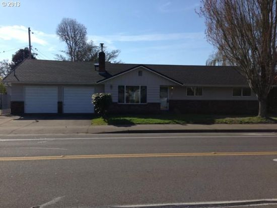 2492 19th St, Springfield, OR 97477