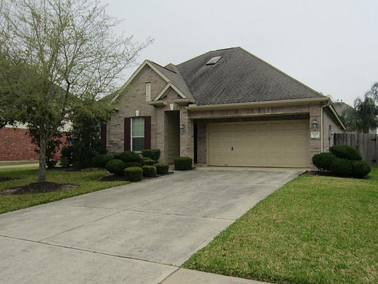 1603 White Willow Ln, Pearland, TX 77581