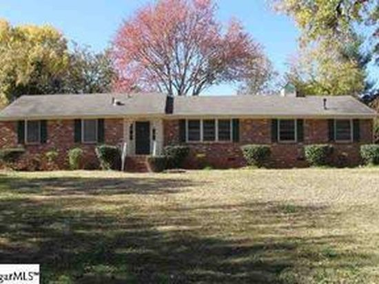 4 Ivy Trl, Greenville, SC 29615
