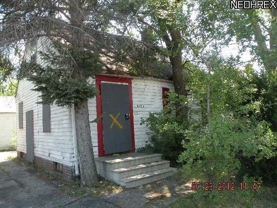 4185 Lee Rd, Cleveland, OH 44128