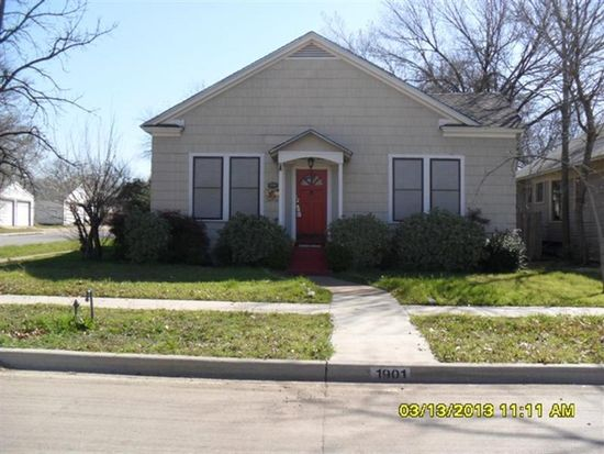 1901 Hurley Ave, Fort Worth, TX 76110