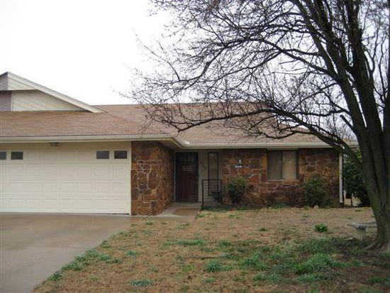 832 SE Quail Ridge Rd, Bartlesville, OK 74006
