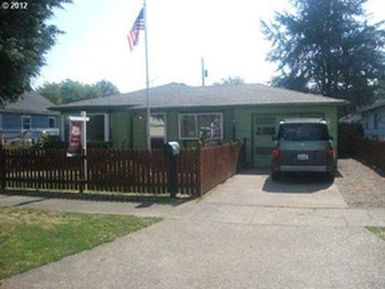 3043 Hemlock St, Longview, WA 98632