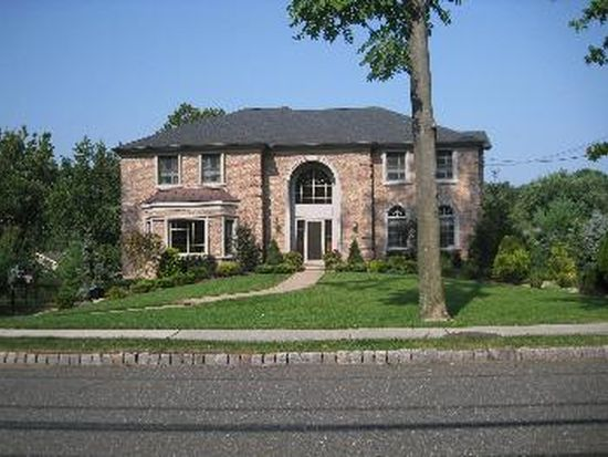 225 Smull Ave, North Caldwell, NJ 07006