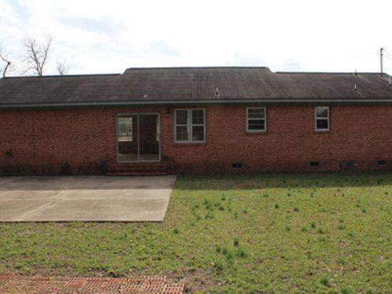 2813 Sylvester Rd, Albany, GA 31705