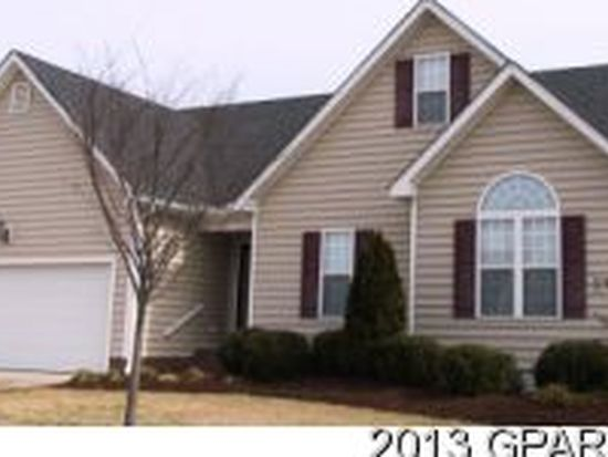 2709 N Chatham Ct, Winterville, NC 28590