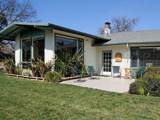 11921 Hilltop Dr, Los Altos Hills, CA 94024
