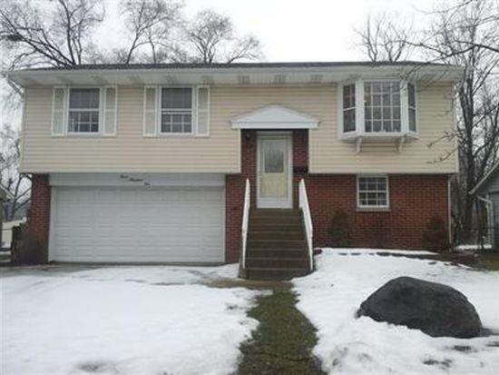 305 E Schaumburg Rd, Streamwood, IL 60107