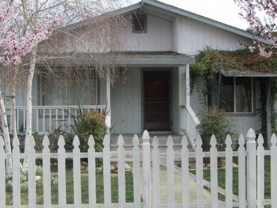 7458 Chestnut St, Gilroy, CA 95020