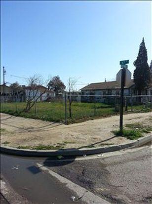 619 Rio Frio St, Mendota, CA 93640