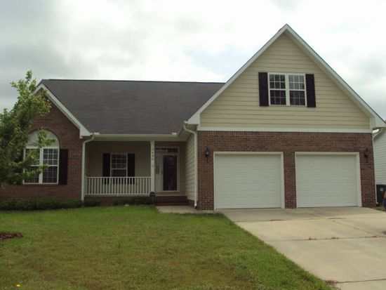 3636 Standard Dr, Fayetteville, NC 28306