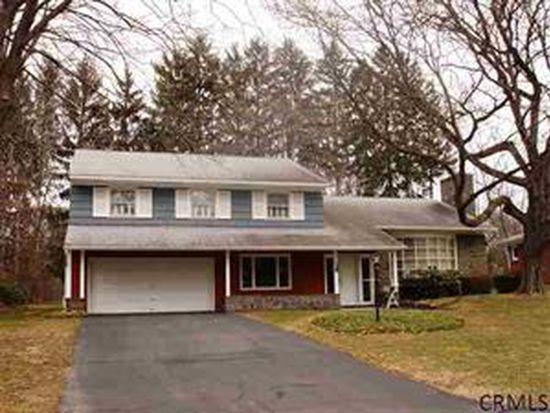 5 Pine Tree Ln, Albany, NY 12208