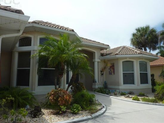9859 Mar Largo Cir, Fort Myers, FL 33919