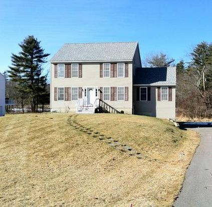 1 Squire Dr, Somersworth, NH 03878
