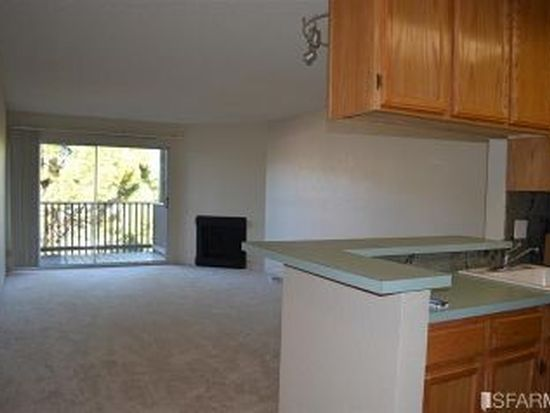 396 Imperial Way APT 205, Daly City, CA 94015