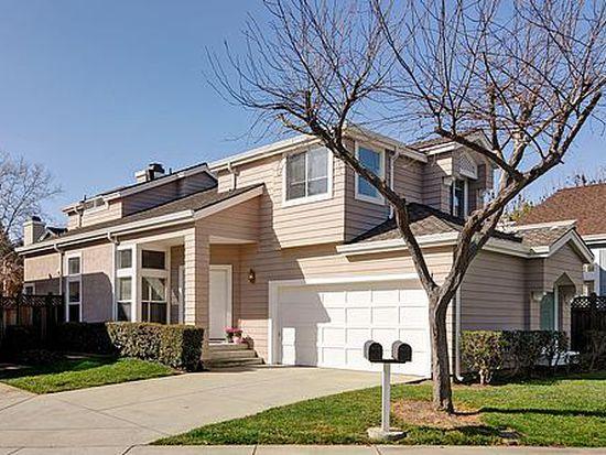 11711 Southshore Ct, Cupertino, CA 95014