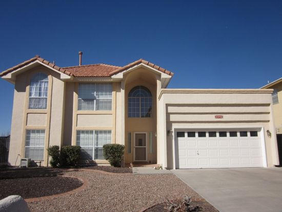 5945 Via Cuesta Dr, El Paso, TX 79912