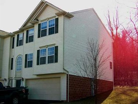 201 Southern Valley Ct, Mars, PA 16046